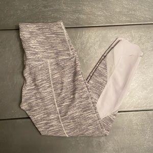 Women's gray lululemon capri length leggings
